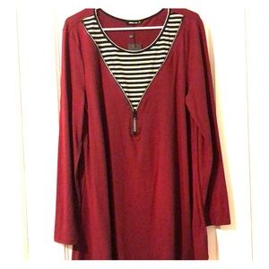 Tunic with zip front